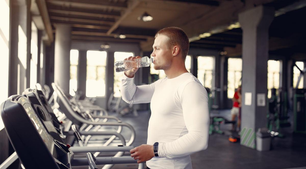 hidratación en cinta de correr